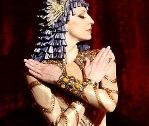 Ilze Liepa as Cleopatra Ida Rubinstein. Photo Les Saisons Russes