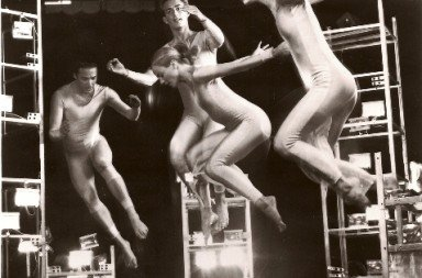 Trisha Brown Dance Company in Astral Convertible (early photo). Photo © Mark Hanauer