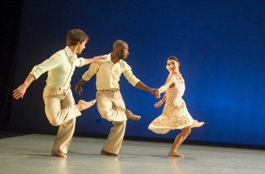 Richard Alston Dance Company in 'The Devil in the Detail'. Photo by © Tony Nandi