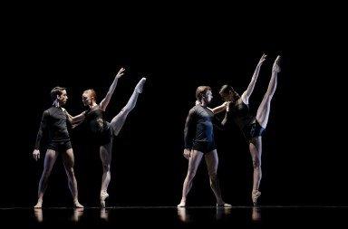 The Estonian National Ballet in Wayne McGregor's 'Symbiont(s)'. Photo © Estonian National Ballet