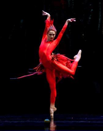 Anna Tsygankova in Alexei Ratmansky's 'Firebird'. Photo © Angela Sterling