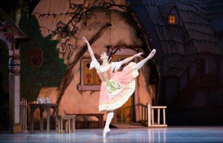 Lillian Di Piazza as Swanilda in Pennsylvania Ballet's 'Coppélia'. Photo © Alexander Iziliaev 1 - Copy