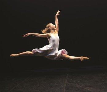 Antoinette Brooks-Daw in Concerto Six Twenty-Two.  Photo © Emma Kauldhar