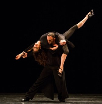 Silvina Cortés and Damien Fournier in Sidi Larbi Cherkaoui's 'Embrace'.  Photo © Amitava Sarkar/ PhotographyInsight