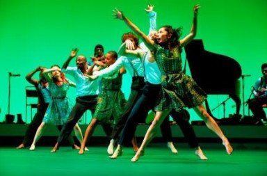 Fabulous Beast Dance Theatre in 'Rian'. Photo courtesy Sadler's Wells.