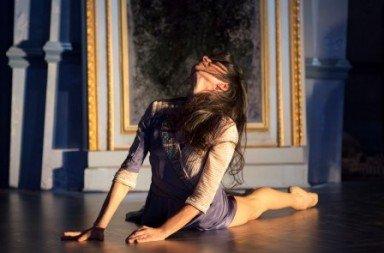 Alessandra Ferri as Lea in 'Cheri'.  Photo © Joan Marcus; courtesy of the Kennedy Center