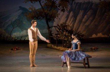 Anastasia Soboleva and Victor Lebedev in 'Giselle'. Photo © Jack Devant