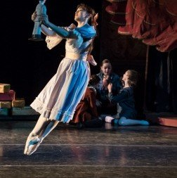 Dawn Gierling as Marie in Gelsey Kirkland Ballet's 'The Nutcracker'. Photo © Luis Pons.