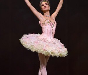 Mathilde Froustey in Helgi Tomasson's 'Nutcracker'.   Photo © Erik Tomasson