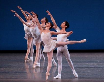 'Square Dance'.  Photo © Paul Kolnik