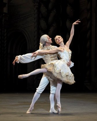 Alexei Ratmansky's new 'The Sleeping Beauty'. Diana Vishneva and Marcelo Gomes as Aurora and the Prince.  Photo © Gene Schiavone