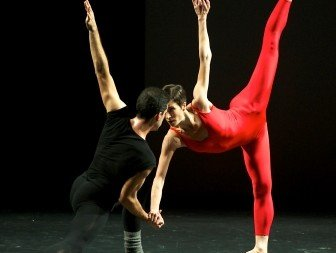 Steptext (dancers here: Dorothée Delabie and Raul Serrano Nunez) Photo Jaime Roque de la Cruz