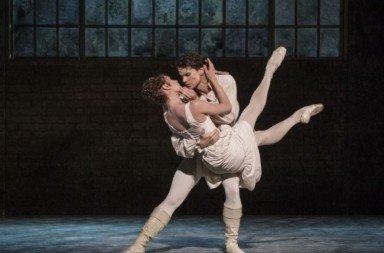 Norweigan National Ballet's Manon  Yolanda Correa in the title role and Yoel Carreño as Des Grieux Photo Erik Berg