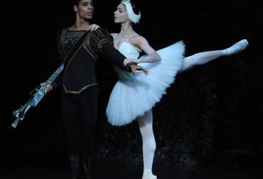 Celine Gittens as Odette and Tyrone Singleton as Prince Siegfried  Photo Roy Smiljanic