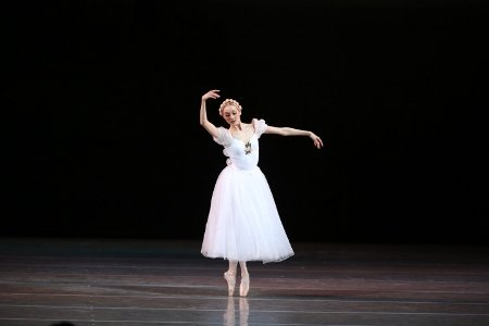 "Svetlana Ivanova in ""Chopiniana"" (Les Sylphides) Photo by Natasha Razina"