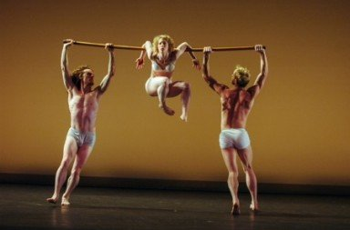 "The Mark Morris Dance Group in ""Cargo"" Photo Stephanie Berger"