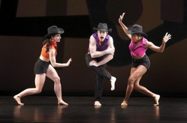 "Eran Bugge, Robert Kleinendorst and Michelle Fleet in Paul Taylor's ""Dilly"" Photo Paul B. Goode"