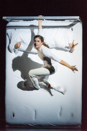 """Nocturne"" The 7 Fingers Photo Alexandre Galliez"