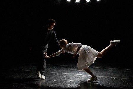 "Aspen Santa Fe Ballet Michael Tiedeman and Emily Proctor in ""Re:play"" Photo Michael Alvarez"