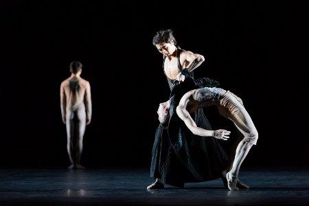 "Hong Kong Ballet in Nacho Duato's ""Castrati"" Photo Conrad Dy-Liacco"