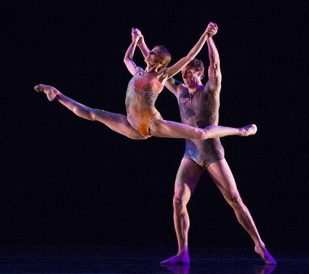 "Pennsylvania Ballet Oksana Maslova and James Ihde in Trey McIntyre's ""The Accidental"" Photo Yi-Chun Wu"