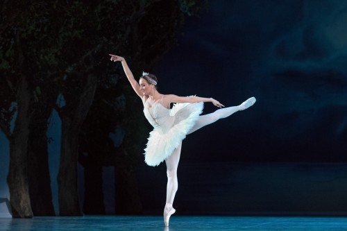 "Ekaterina Oleynik as Odette in ""Swan Lake"" Photo Harri Rospu"