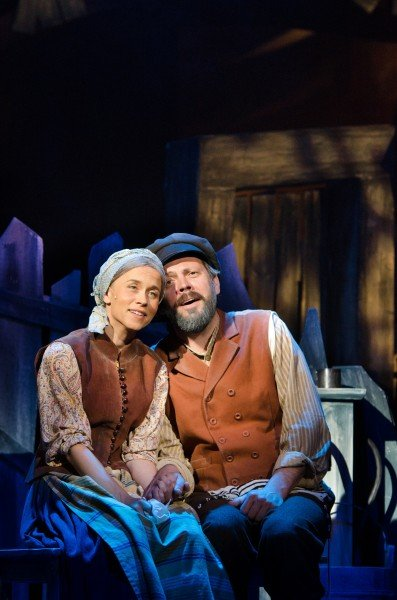 "Evelyn Vöigemast and Mait Malmsten in ""Fiddler on the Roof"" Photo Harri Rospu"