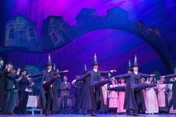 "Estonian Opera in ""Fiddler on the Roof"" Photo Harri Rospu"