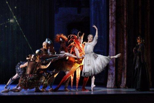 Leanne Stojmenov as Cinderella Photo Jeff Busby