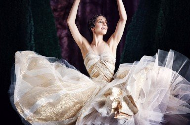 Leanne Stojmenov as Cinderella  Photo Justin Ridler