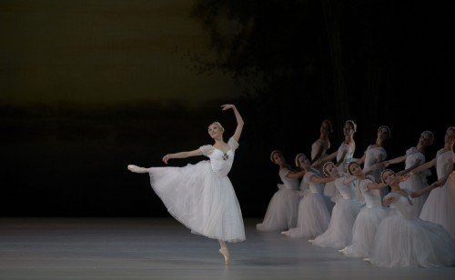 Svetlana Ivanova in Chopiniana Photo Valentin Baranovsky