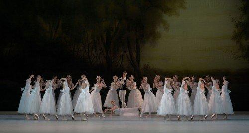 Chopiniana - Mariinsky Ballet Photo Valentin Baranovsky