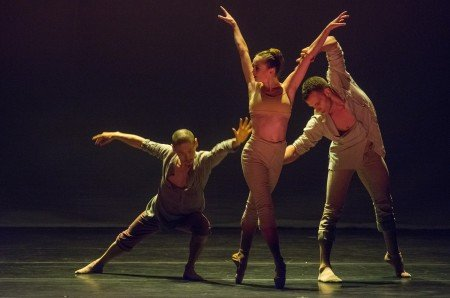 "Dancers of Royal Ballet Flanders in Sidi Larbi Cherkaoui's ""Fall"" Photo Stephanie Berger"