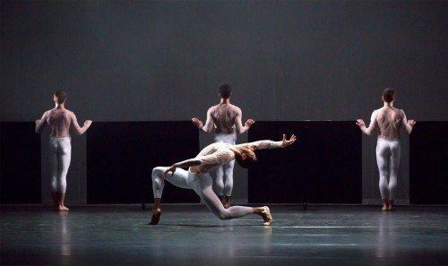 "Birmingham Royal Ballet in Jessica Lang's ""Wink"" Photo: Andrew Ross"