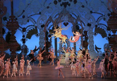 "New York City Ballet in ""George Balanchine's 'The Nutcracker'"" Photo Paul Kolnik"