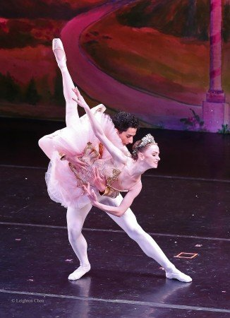 "American Repertory Ballet dancers Monica Giragosian and David Greenberg in ""The Nutcracker"" Photo by Leighton Chen"