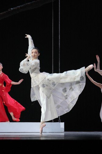"National Ballet of China - Cao-Shuci in ""The Peony Pavillion"" Photo: National Ballet of China"