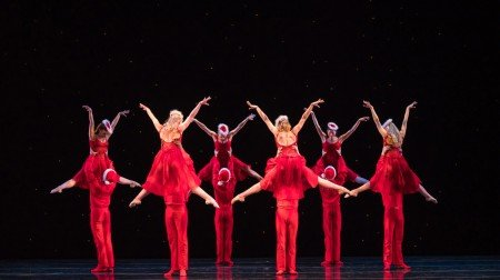 Smuin Dancers in Ben Needham-Wood's White Christmas Photo: Keith Sutter