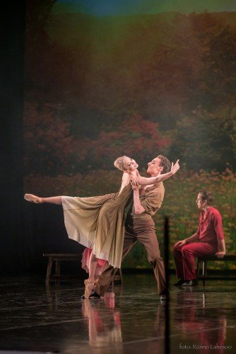 "Estonian National Ballet ""Silent Monologues"" Ketlin Oja and Zachary Rogers Photo: Rünno Lahesoo"