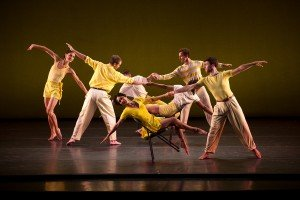 Mark Morris Dance Group, Dancing Honeymoon, photo by Christopher Duggan