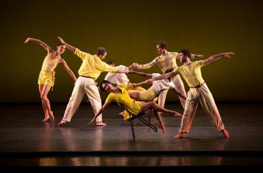 Mark Morris Dance Group, Dancing Honeymoon, photo by Christopher Duggan
