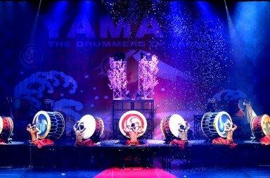 Yamato Drummers Photo: Isao Ogawa