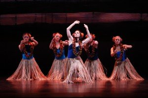 "Paul Taylor Dance Company members in ""Ports of Call"" Photo by Paul B. Goode"