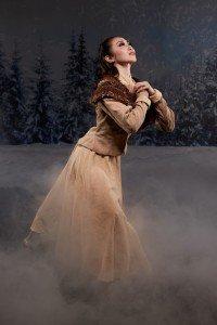 "Eugene Ballet dancer Yuki Beppu in Toni Pimble's ""The Snow Queen"" Photo by Jeremy Bronson"