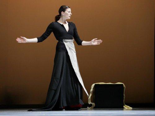 "Marie-Agnès Gillot in Carolyn Carlson's ""Black over Red (my dialogue with Rothko)"" Photo: Amitava Sarkar"