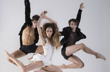 CityDance Conservatory Dancers in The Fall of the House of Usher, photo by Theo Kossenas, media4artists