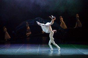 "Eifman Ballet dancers Maria Abashova, Oleg Gabyshev and members of the company in ""Red Giselle"" Photo by Yulia Kudryashova"