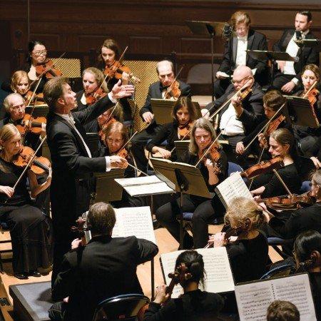 Jonathan McPhee conducting Lexington Symphony Photo by Liza Voll Photography