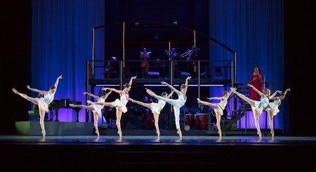 "Oregon Ballet Theatre dancers in Nicolo Fonte's ""Never Stop Falling (in Love)"" Photo by James McGrew"