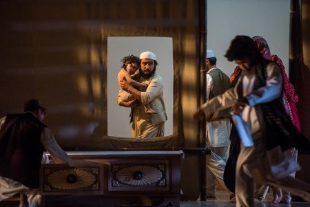 """Le Theatre du Soleil performs """"A Room in India"""" directed by Ariane Mnouchkine Photo by Stephanie Berger"""
